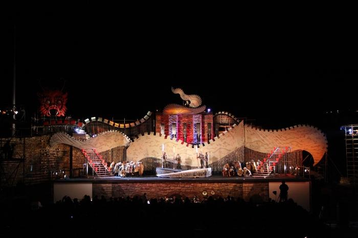 turandot-puccini-sofia national opera-stage of the ages-veliko tarnovo 2012 (7)